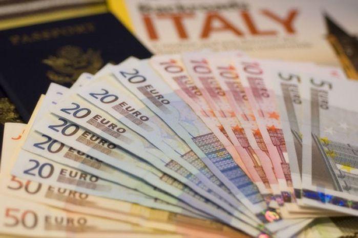 L italia non pagher le pensioni ai moldavi gazzetta for Numero deputati parlamento italiano
