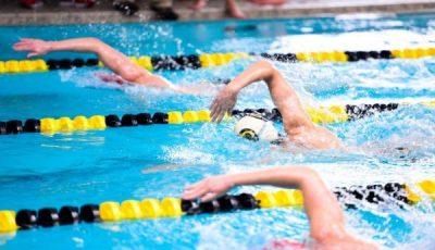 Competizione di nuoto
