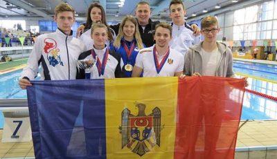 nuotatori moldavi